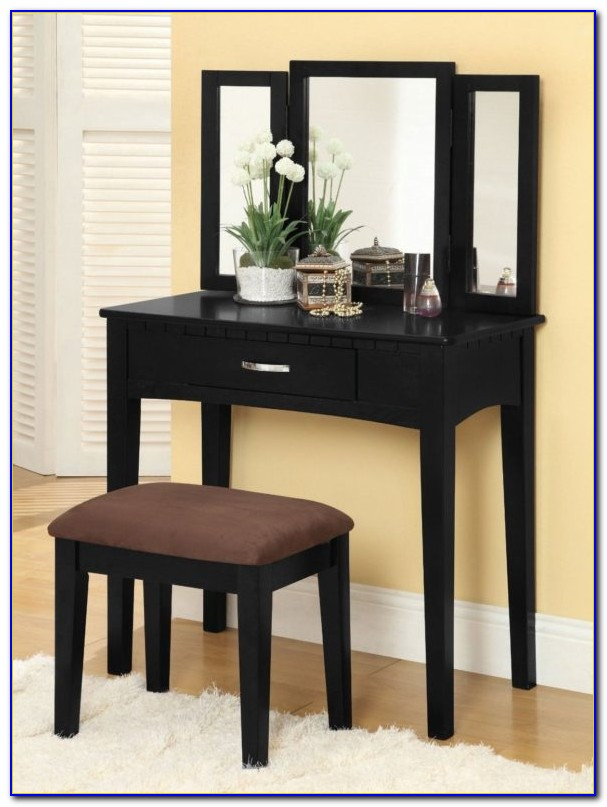 Vanity With Trifold Mirror And Bench