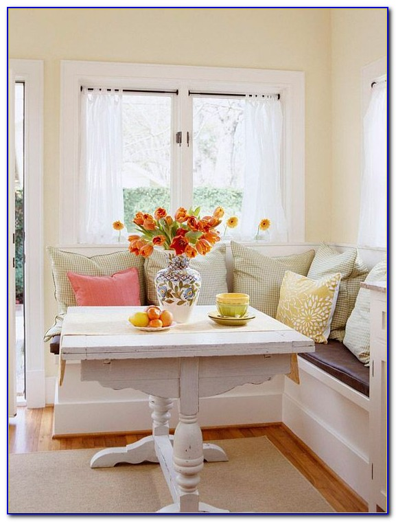 Round Dining Table With Bench Seating