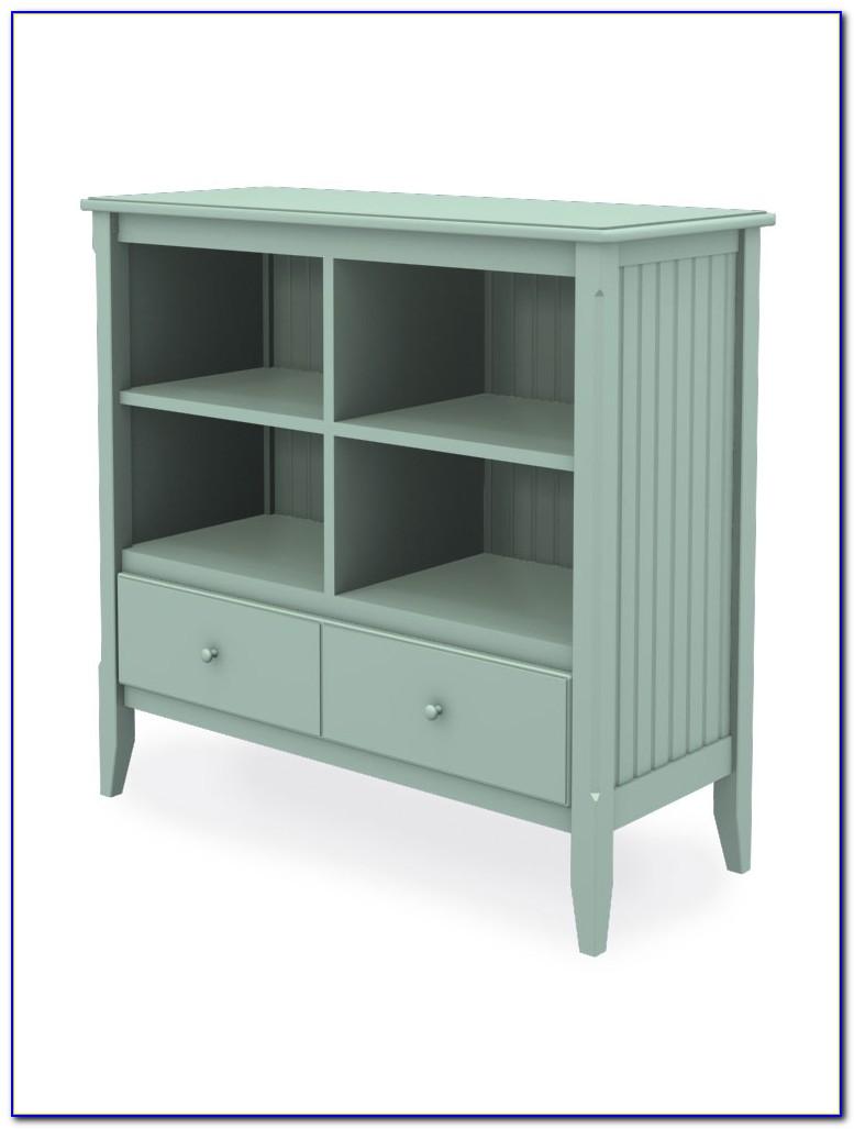Short Wide Oak Bookcase