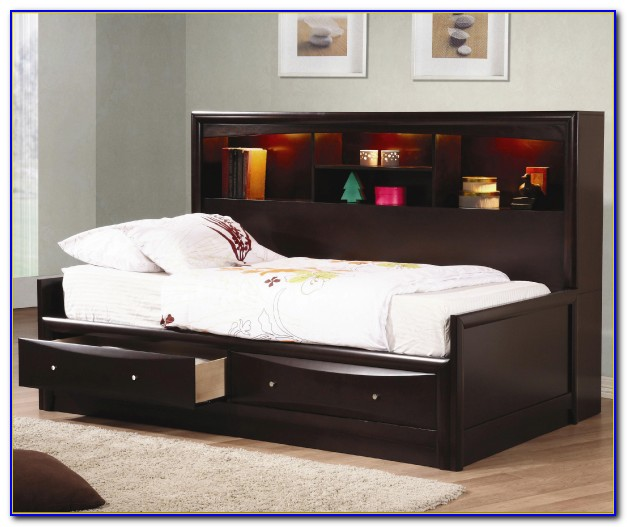 Twin Daybed With Bookcase