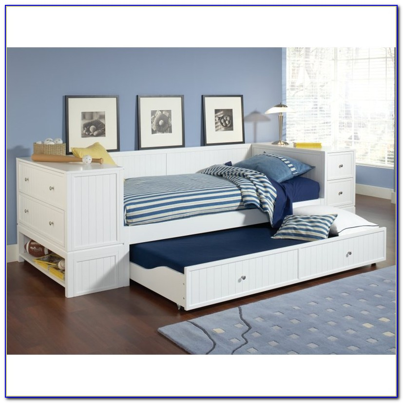 Daybed With Trundle And Bookshelf