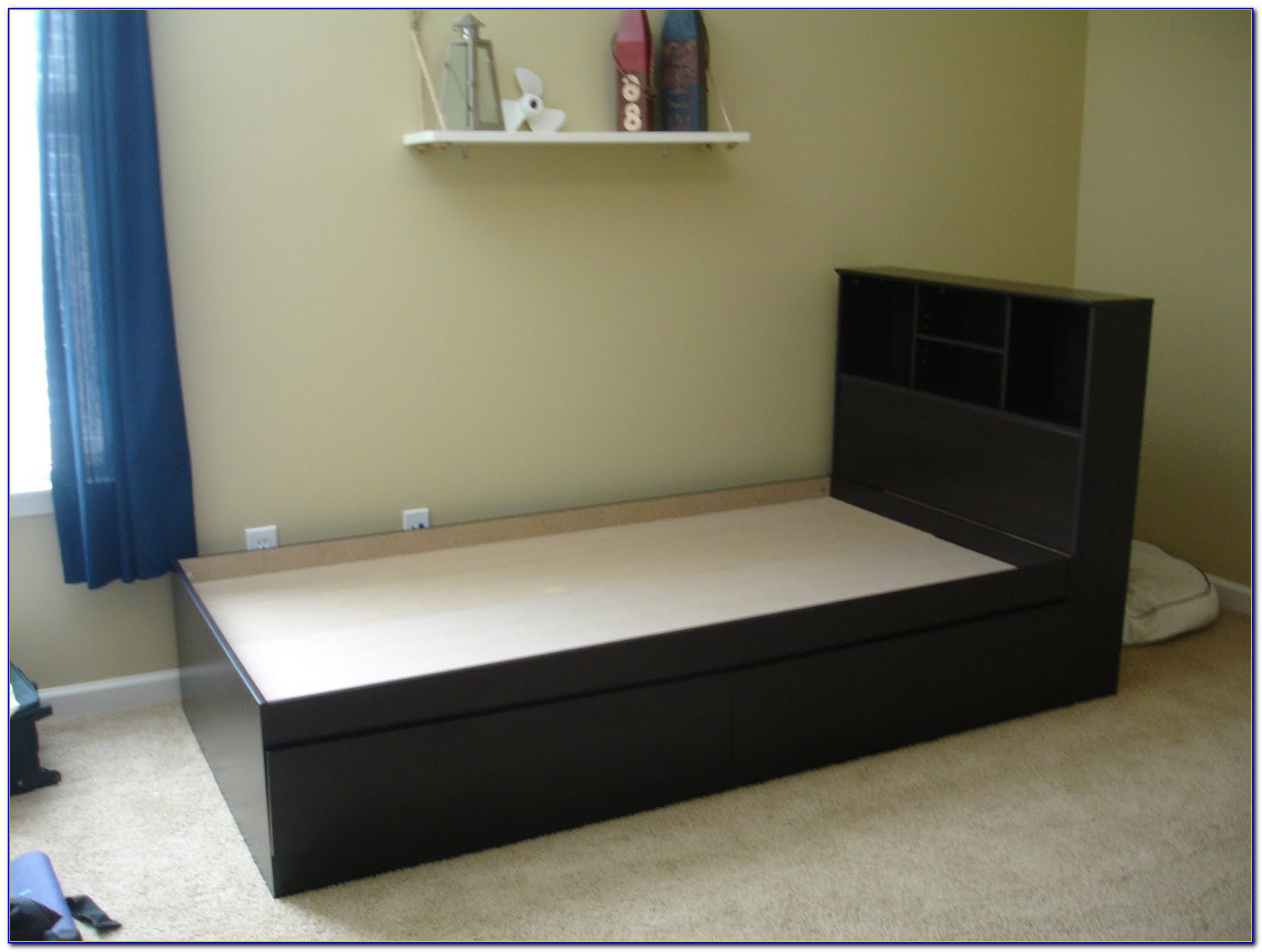 Full Storage Bed With Bookcase Headboard