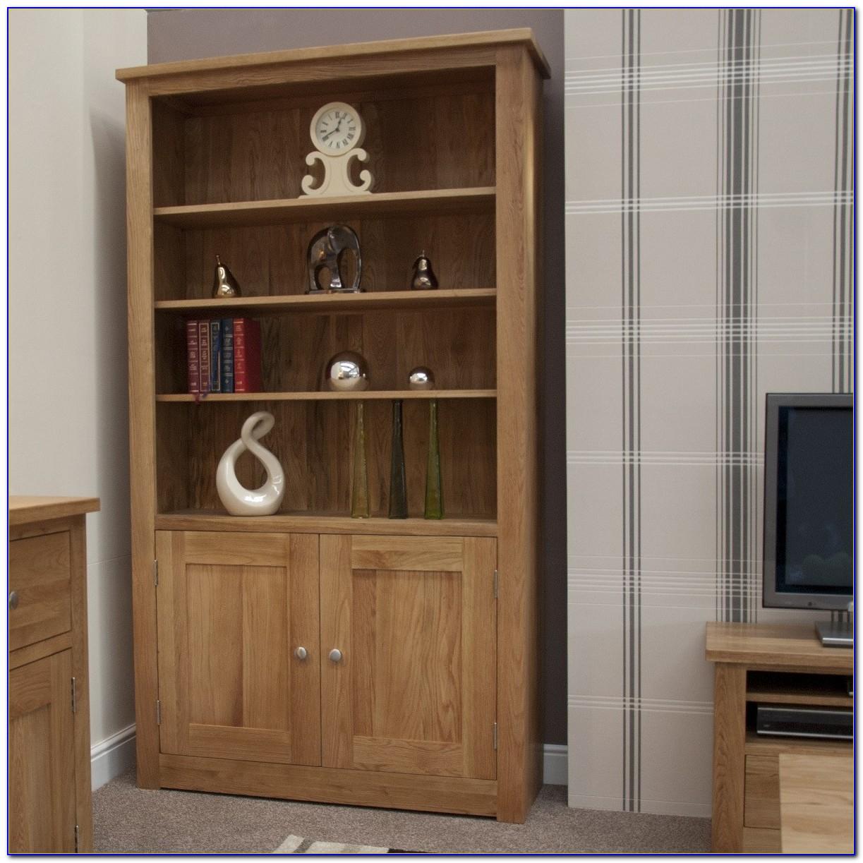 Oak Bookshelf With Doors