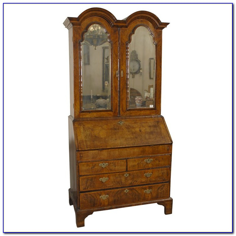Queen Anne Style Bookcase