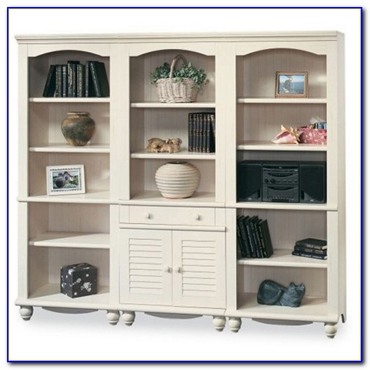 Sauder Harbor Bookcase