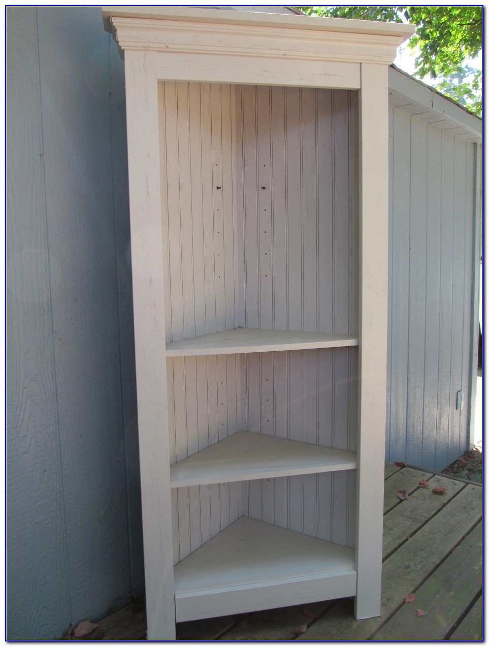 White Wooden Corner Bookcase