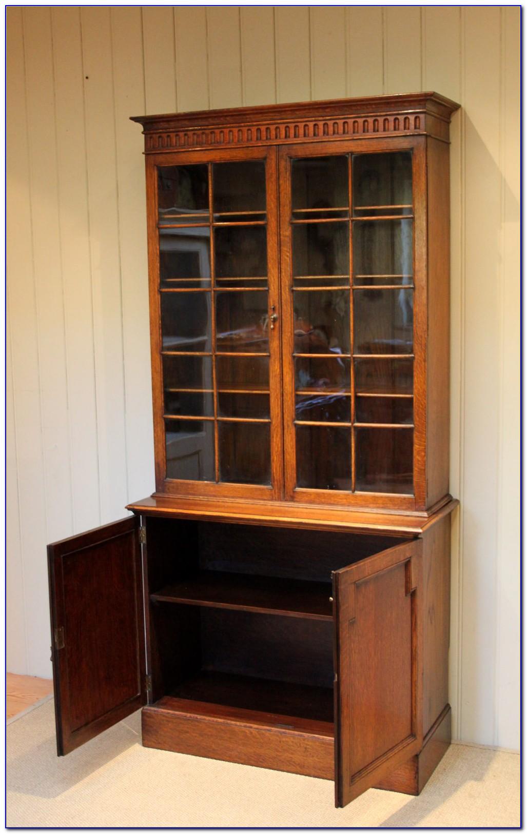 Golden Oak Bookshelf