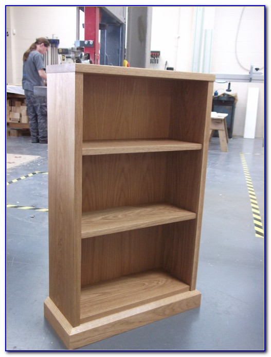 Small Oak Veneer Bookcase