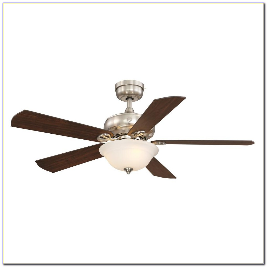 Hunter 52 Brushed Nickel Ceiling Fan With Light & Remote Control