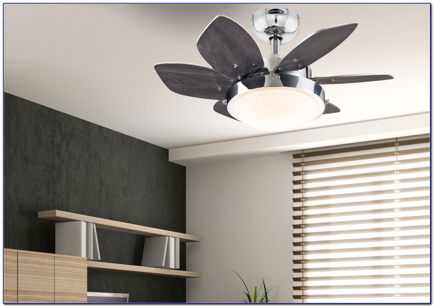 Westinghouse Quince 24 In. Chrome Ceiling Fan