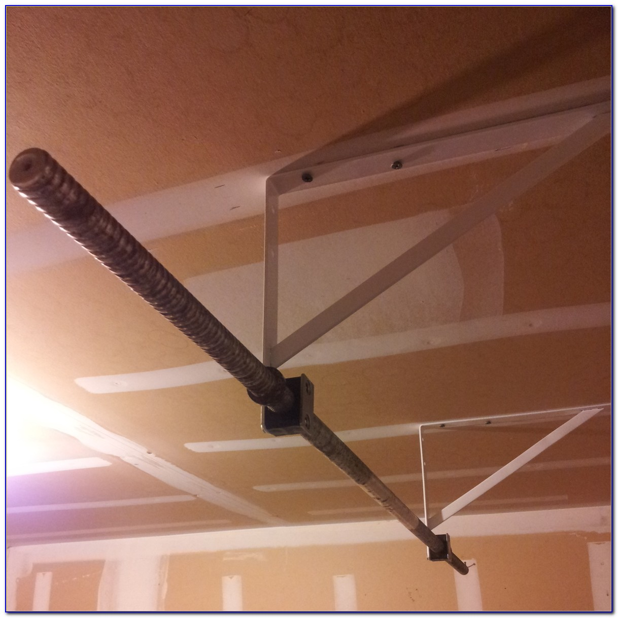 Build Pull Up Bar From Ceiling