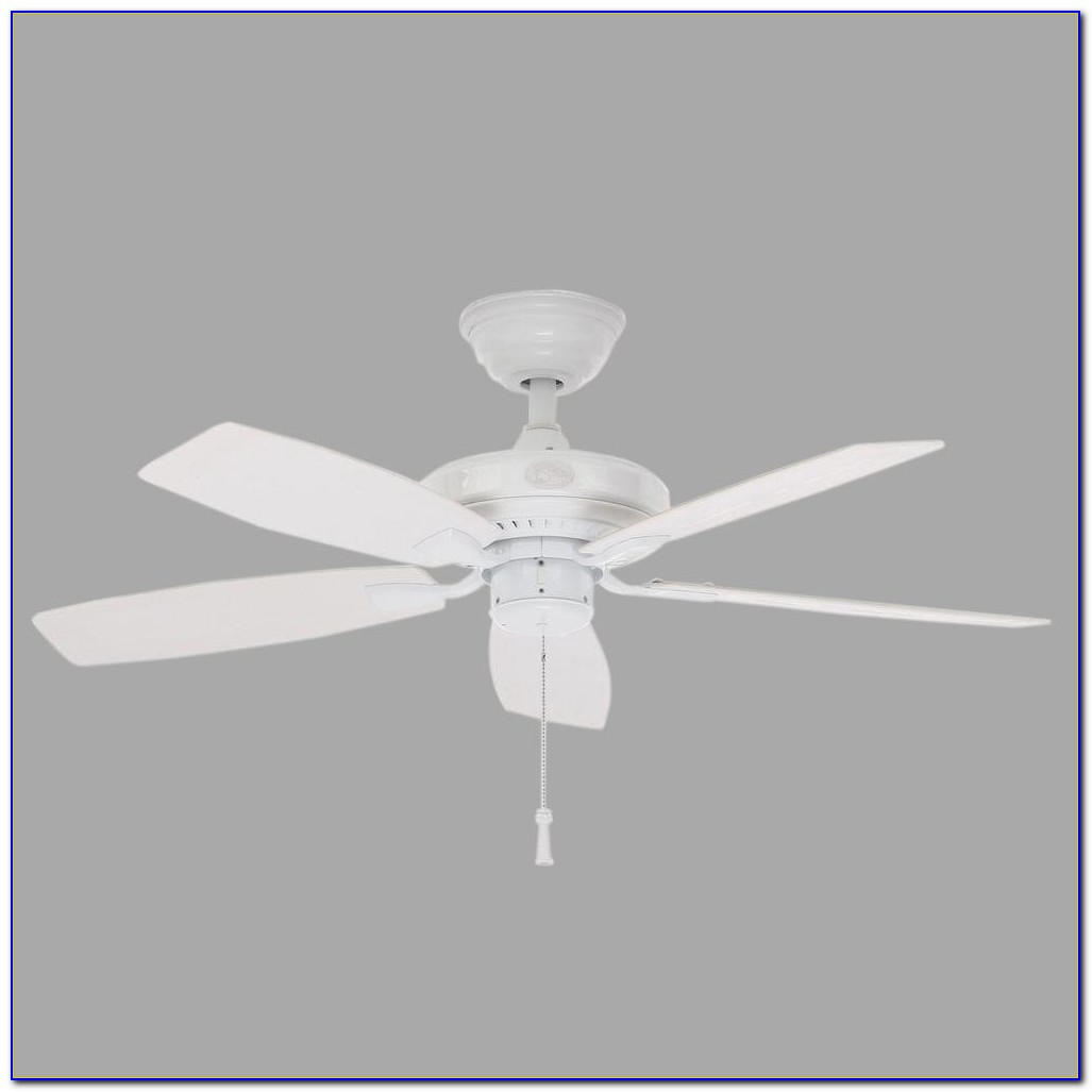 Hampton Bay White Ceiling Fan No Light