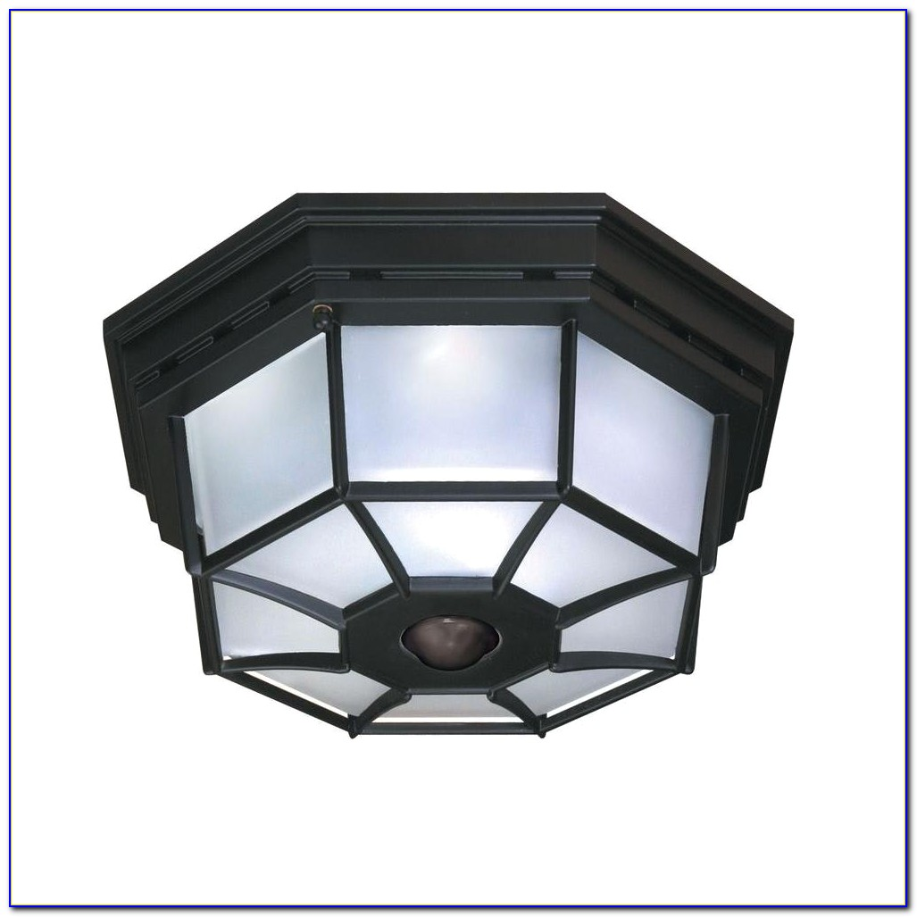 Outdoor Ceiling Fixture With Motion Sensor