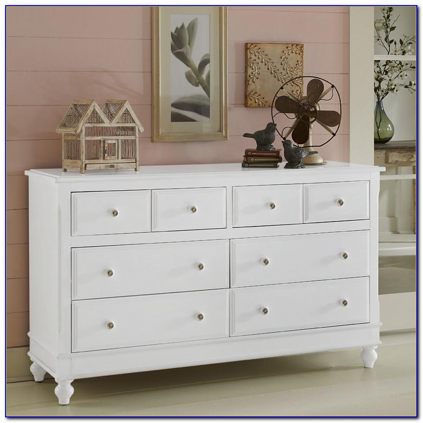 8 Drawer White Dresser