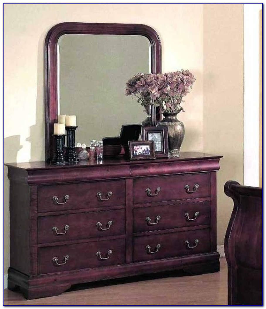 Decorating A Bedroom Dresser
