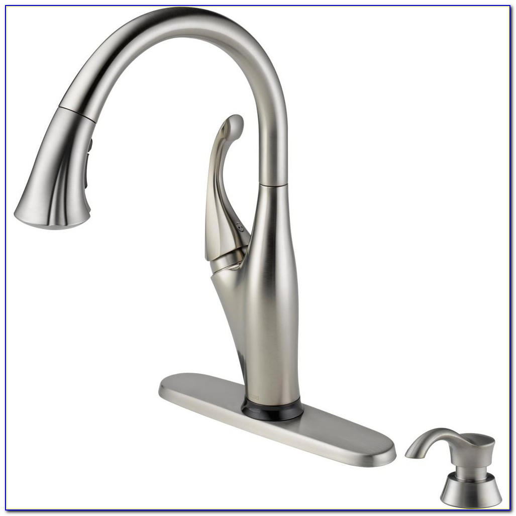 Delta Izak Single Handle Pull Down Sprayer Kitchen Faucet In Regarding Size 1000 X 1000