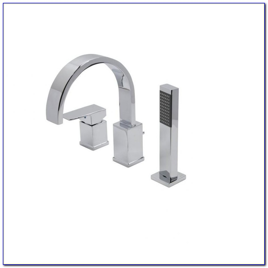 Delta Roman Tub Faucet With Sprayer