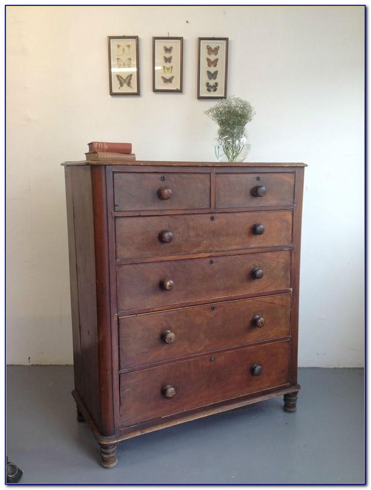 Dresser With Lots Of Little Drawers