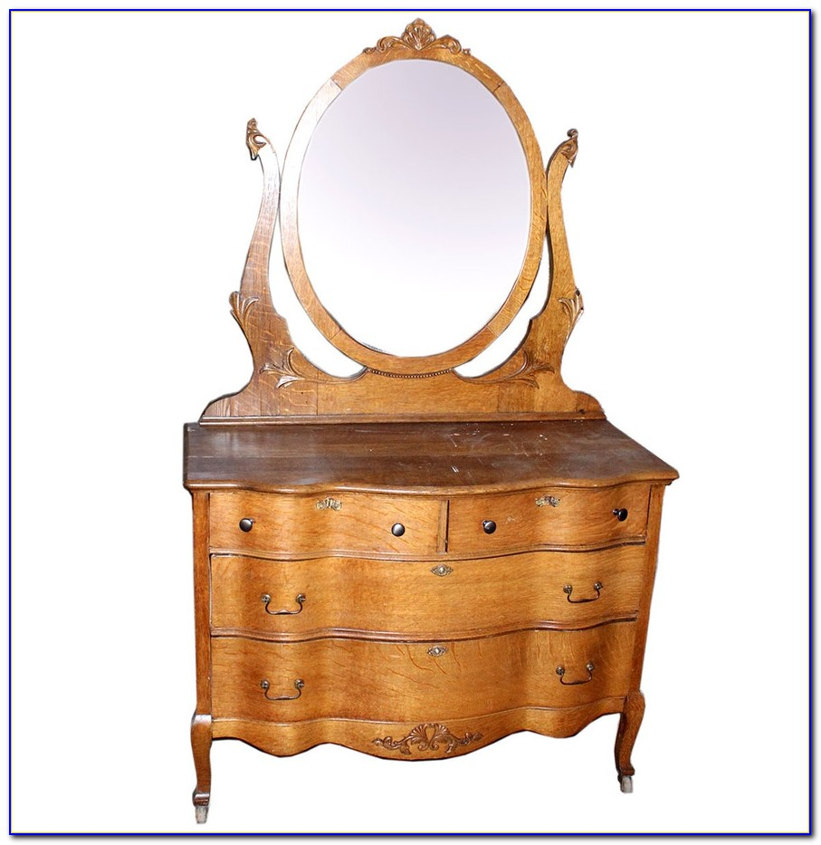Honey Oak Dresser With Mirror