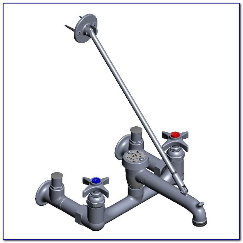 Lab Faucet With Vacuum Breaker