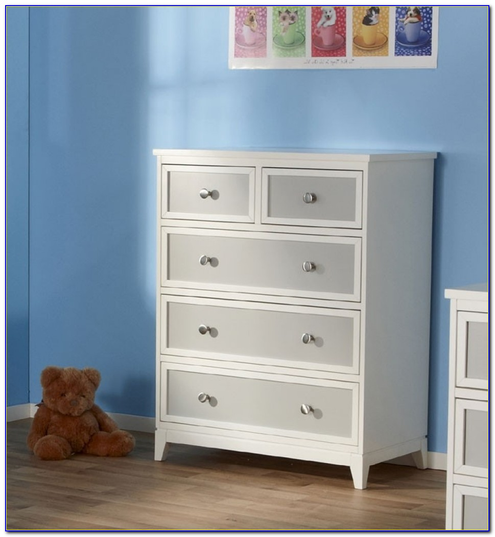 Pali Treviso 3 Piece Nursery Set In White/grey Crib, Double In Pali Dresser Changing Table