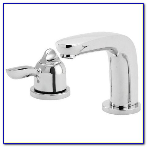 Single Handle Wall Mount Roman Tub Faucet