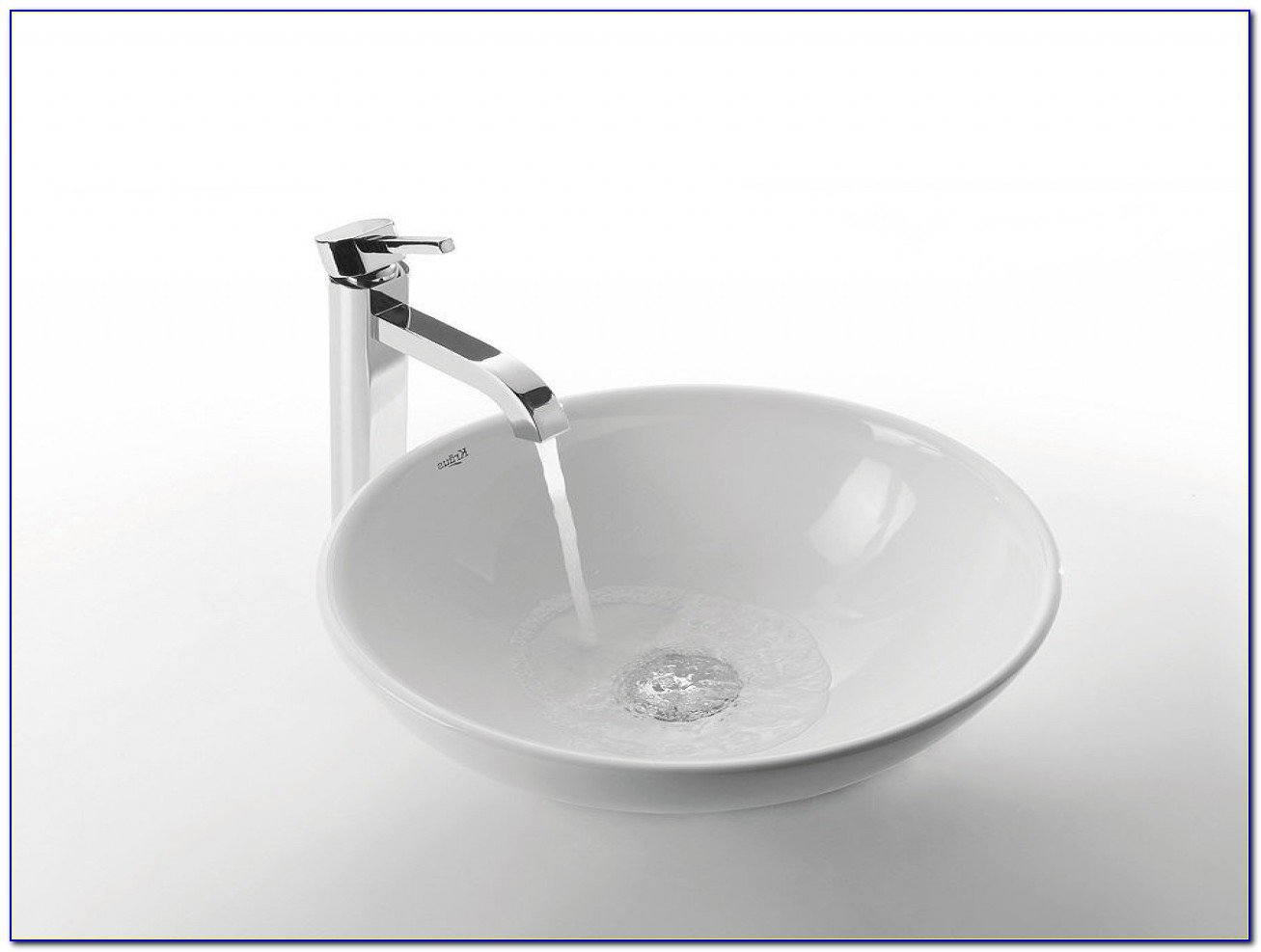 Free Standing Jetted Tub White Vessel Sinks And Faucet Combo In Sizing 1280 X 960