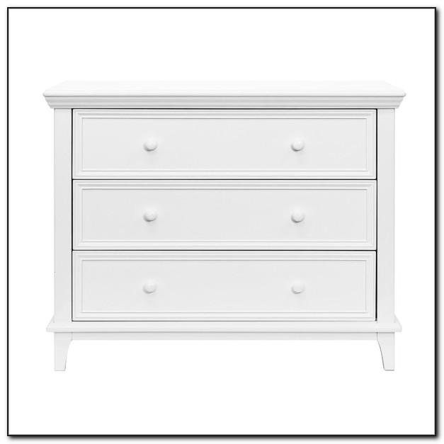 White Hemnes 3 Drawer Dresser