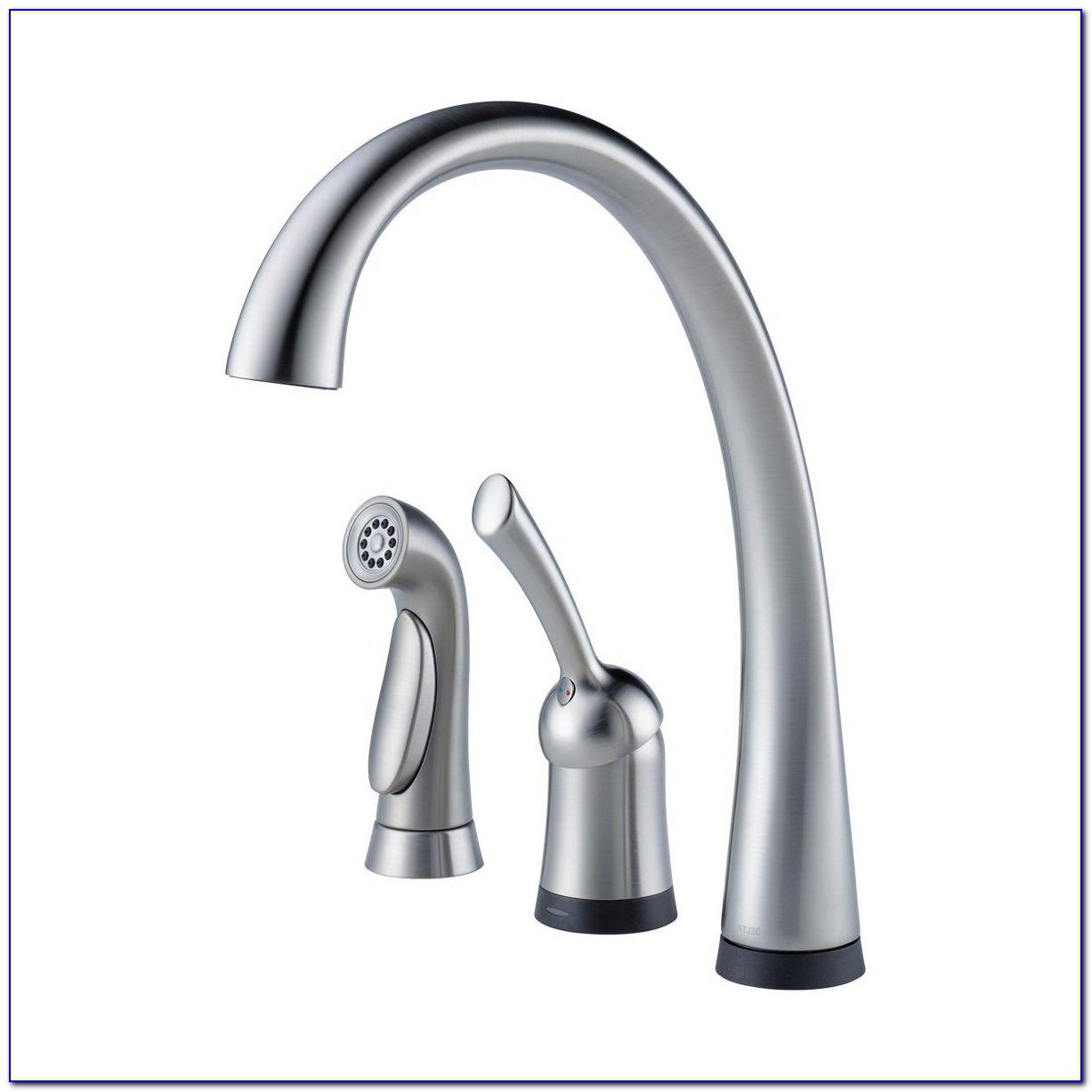 Delta Kitchen Faucet With Sprayer