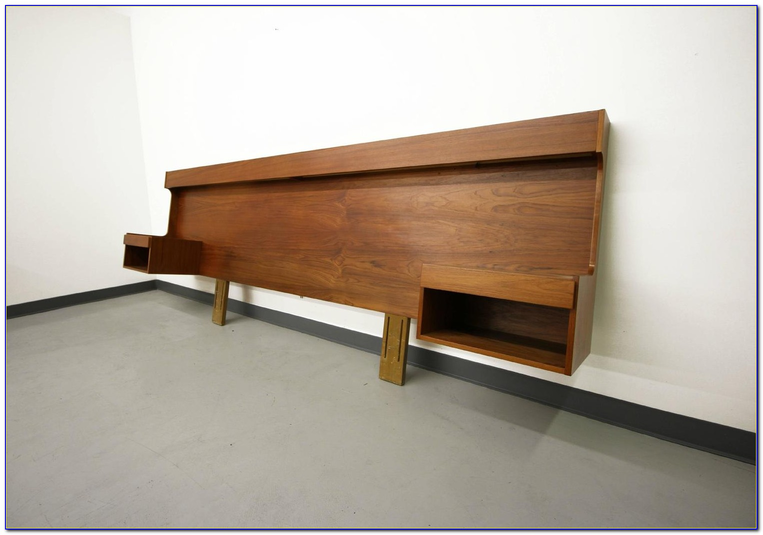 King Size Floating Headboard With Nightstands