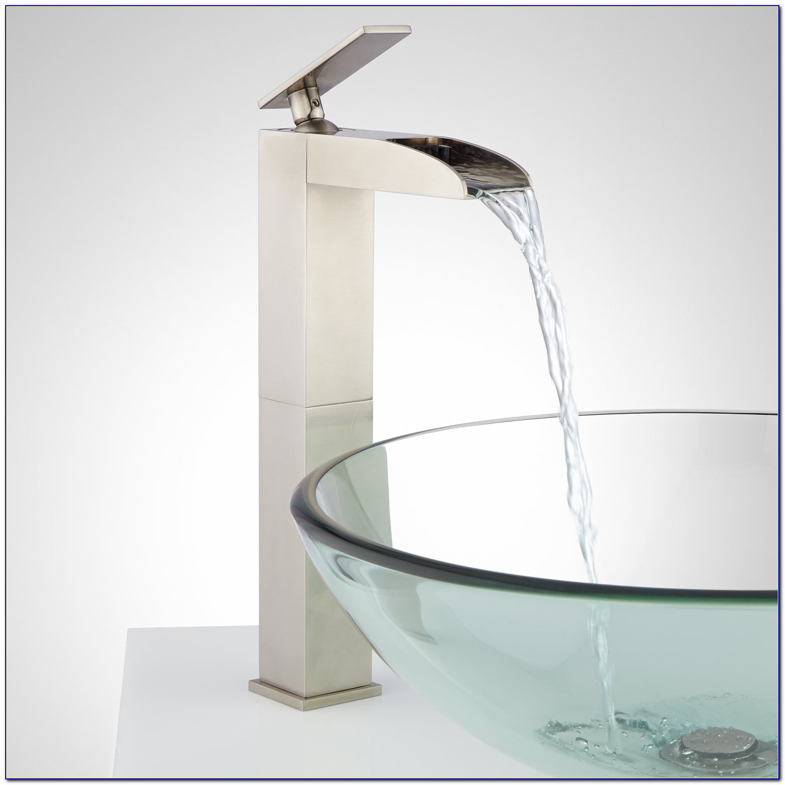 Leaf Vessel Sink With Waterfall Faucet