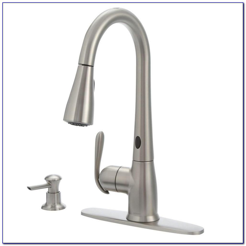 Moen Haysfield Pulldown Kitchen Faucet