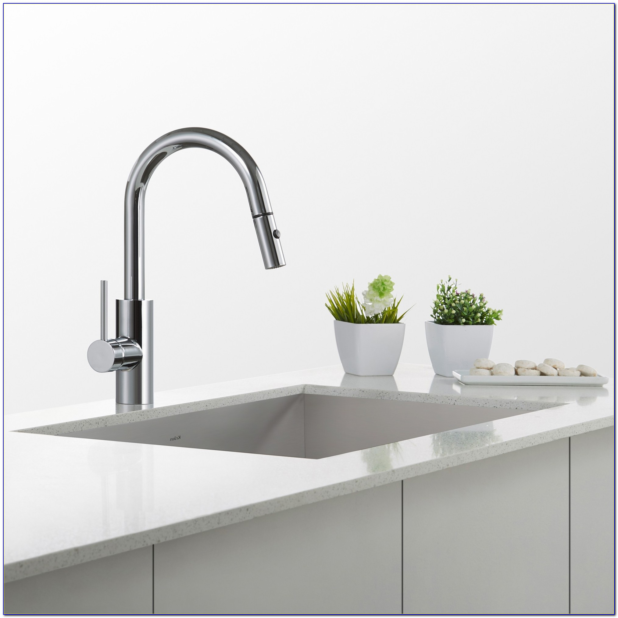 Pictures Of Kitchen Sinks With Bronze Faucets