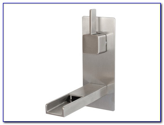 Wall Mounted Waterfall Sink Faucet