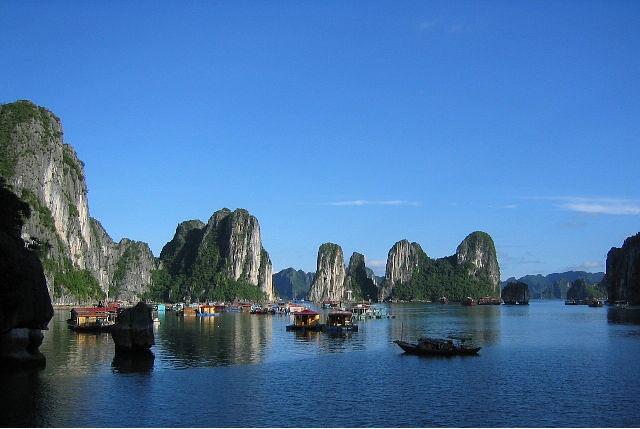 Du lịch Việt Nam thế là hết !