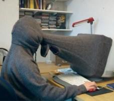 computer_hoodie.jpg-pwrt2