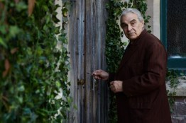 Doctor Who S10 - TX: 06/05/2017 - Episode: Knock Knock (No. 4) - Picture Shows: The Landlord (DAVID SUCHET) - (C) BBC/BBC Worldwide - Photographer: Simon Ridgway