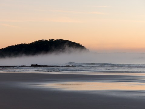 Steamy-sunrise-at-Narrawallee-Beach