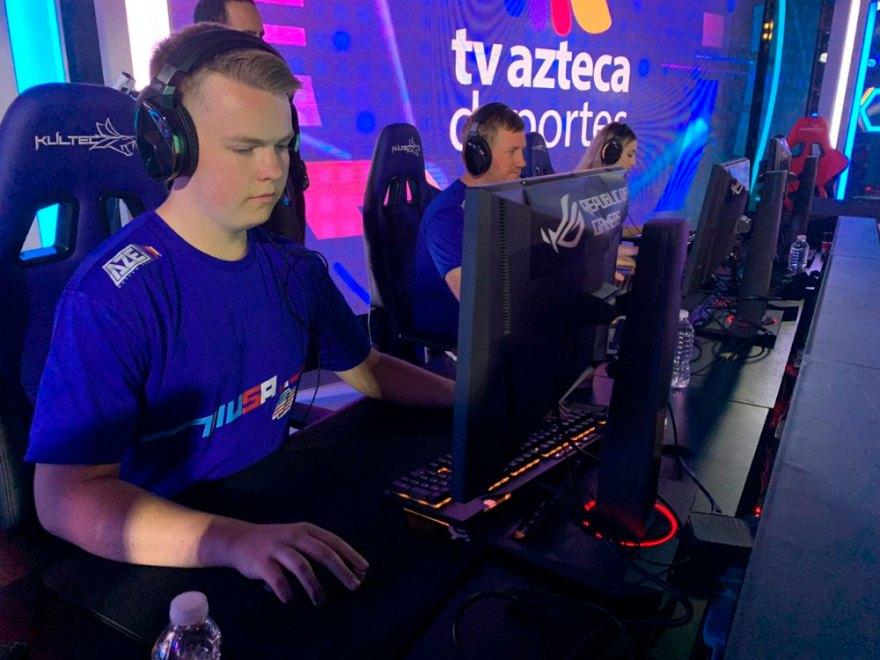 Azreca-esports-asus-2019.jpg
