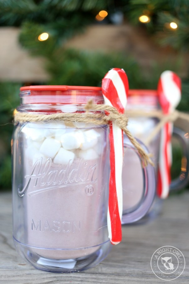 Easy Mason Jar Gifts | mason jar crafts and ideas