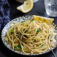 Spaghetti al limone e noci