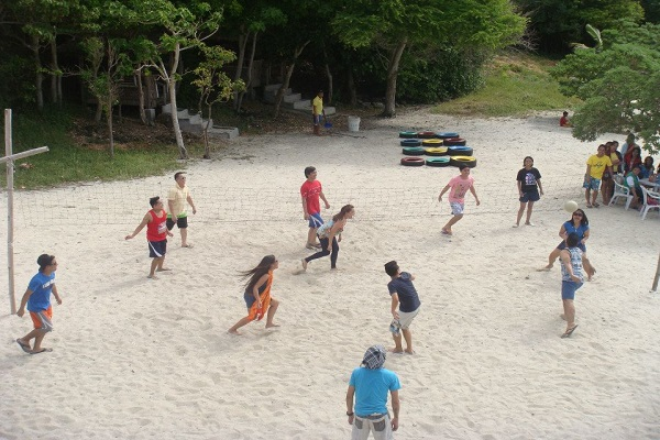dive_resort_anilao_company_outing_venues_04