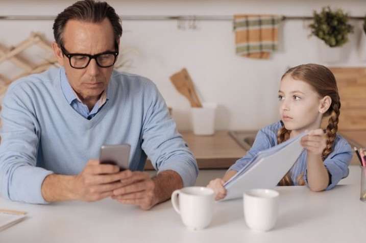 Parents need to be good role models with children