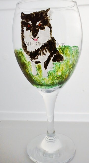 Pet Portrait commission on a wine glass