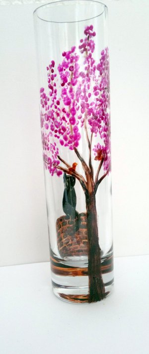 Spring Tree cat bud vase, photographed from tree side