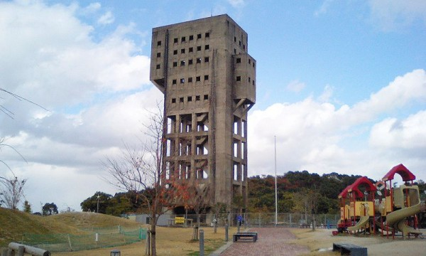 Winding_tower_of_Shime_1