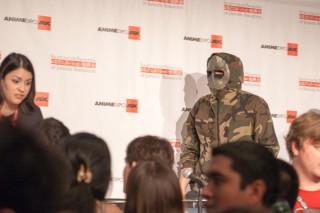 Ninja Huke escaping after the panel
