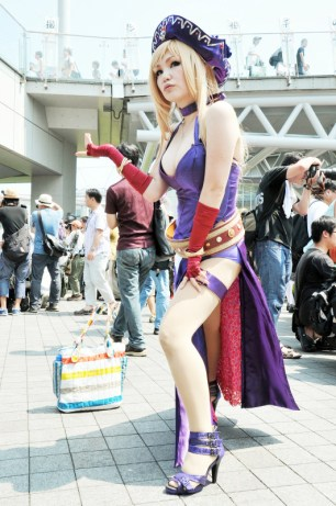 comiket-80-day-1-hot-cosplay-062
