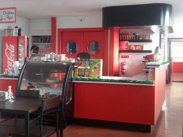 Miaw Miaw Cafe (7)