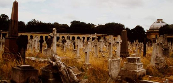 brompton-cemetery-haunted-places-700x336